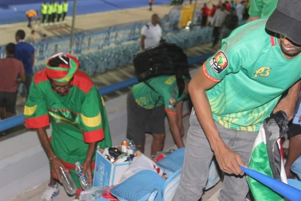 [جماهير موريتانيا تنظف الاستا